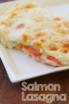 Smoked Salmon Lasagna: simple, creamy and ready in 30 minutes! An alternative to the traditional meat lasagna.