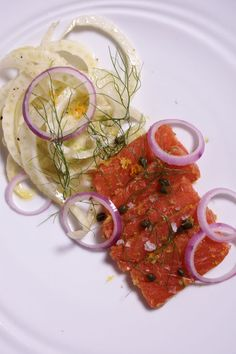 Sous Vide Citrus Cured Salmon with Fennel Carpaccio Recipe – manof Sous Vide Salmon Recipes, Carpaccio Recipe, Fennel Recipes, Pickled Red Onions, Fish Dishes, Make It Simple, The Cure, Dinner, Eat