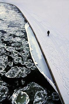 Ice on the River | Simonas Valatka