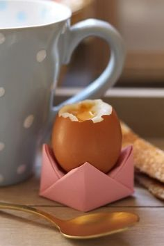 Origami-egg-cup #diy