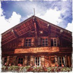 Cantine de Barme (Barmaz) dans le Val d'Illiez, Valais, Suisse   © virginie confino - all rights reserved. no reproduction allowed.