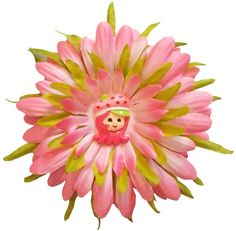 Sweet Strawberry Shortcake Gerber Daisy hair clip for little girls! This berry sweet clip is only $2.98!