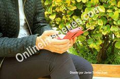 Compra imagen online para aconsejar sobre el uso de los móviles. Proporciona información mediante estrategias de marketing digital de contenidos en páginas webs y redes sociales.