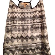 ZARA Small Top Zara....Priced to sell quickly! Bundle and save even more money!! Zara Tops Camisoles