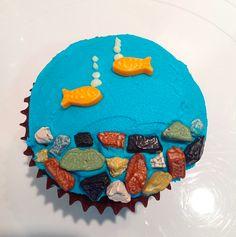 DIY @sweetsweetology Fish Bowl cupcake, buttercream, sweet tart guppies and chocolate rocksFollow