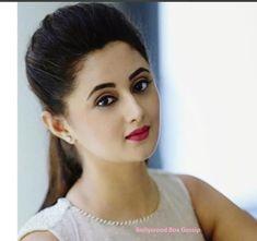 Pakistani Bridal Makeup, Cute Girl Drawing, Indian Tv Actress, Stylish Girl Images, Beautiful Girl Photo, Cute Beauty, Most Beautiful Indian Actress, Girl Photo Poses, Indian Celebrities