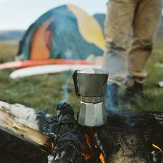 Camping and Surfing Outdoor Life, Outdoor Camping, Materiel Camping, Camping Life, Camping Gear, Backpacking, Camping Jokes, Camping Cabins, Camping Trailers