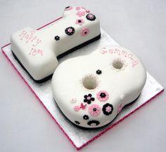 bolos de aniversario 18 anos feminino - Pesquisa Google                                                                                                                                                                                 Mais