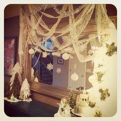 lace christmas decor