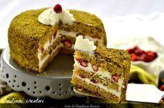 Torta al pistacchio con crema di ricotta e fragoline di bosco | SICILIANI CREATIVI IN CUCINA | di Ada Parisi