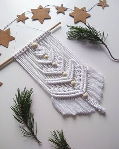 Best 12 Christmas tree macramé – Page 753860425106931119 – SkillOfKing. Macrame Owl, Macrame Knots, Deco Boheme, Macrame Design, Macrame Projects, Macrame Patterns, Christmas Crafts, Christmas Tree, Diy And Crafts