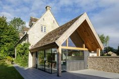 contemporary extension to a grade II listed cottage