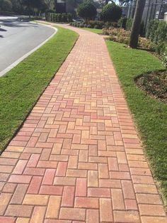 Bedrock Industries is your source for Orlando pavers. Contact us today to learn more about Orlando pavers and concrete products.