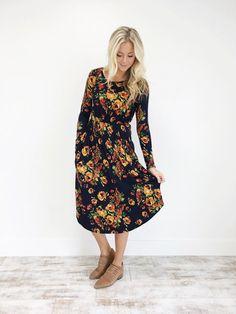 Cambridge Bloom Dress in Navy_model.JPG