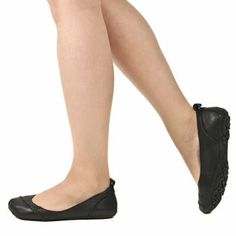 Women's Black Hush Puppies Janessa Flats | schuh