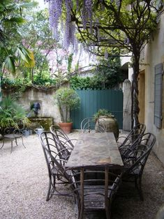 Rustic French Country Courtyard | Bohemian Wornest    ᘡղbᘠ