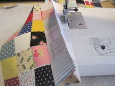 How to sew patchwork squares so the seams line up - quick and easy!