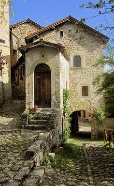 Vimignano, Italy (by Valerio_D)