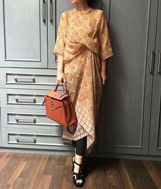 Vestido Batik, Kaftan Batik, Blouse Batik, Batik Dress, Batik Blazer, Kebaya Lace, Kebaya Dress, Batik Kebaya, Muslim Fashion