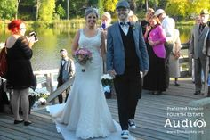 World, meet the new Mr. and Mrs. Chad Hollingshead. http://www.discjockey.org
