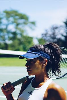 Game day glare? Get full protection to shield your eyes in the adidas by Stella McCartney US Open Barricade Visor.  It comes in two subtle tones that work to match any game day style. Choose your color here.