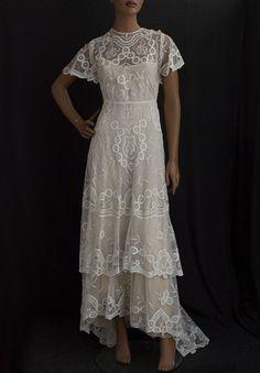 1910 Vintage Dresses | Visit vintagetextile.com