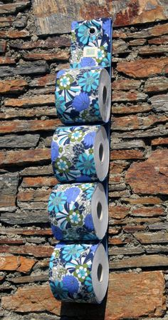 toilettenpapierhalter aus vintage stoff toilet tissue holder made of vintage fabric by frau kakau - Diy Toilettenpapierhalter Stand