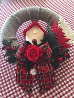 Felt Christmas Ornaments, Christmas Wreaths, Christmas Crafts, Christmas Decorations, Holiday Decor, Winter Christmas, Christmas Time, Xmas, Cute Crafts