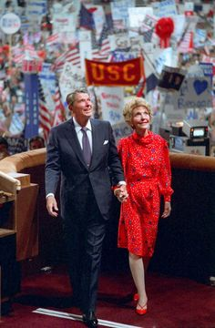 1984 President Reagan accepts the Republican presidential nomination during the Republican National Convention in Dallas, Texas, on August 40th President, President Ronald Reagan, Former President, Greatest Presidents, American Presidents, American History, Republican Presidents, Us Presidents, Nancy Reagan