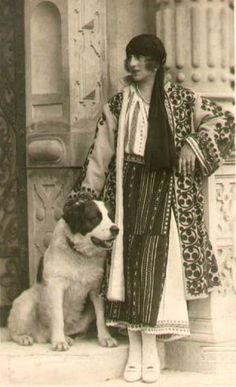 Princess Helen of Greece, Queen Mother of Romania - The elegance of a royal destiny - History of Royal Women Romanian Royal Family, Greek Royal Family, Greek Royalty, Danish Royals, Queen Mother, Vintage Dog, Old Dogs, Kaiser, Folk Costume