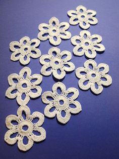Beautiful crochet flowers. Set of 9 pcs. by Handicraftshed on Etsy