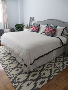 Featuring nuLOOM's Hand Tufted Rhina!