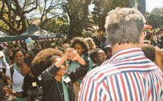 Protesto em escola sul-africana após proibição de cabelo afro - Rede Angola - Notícias independentes sobre Angola