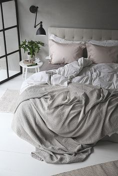 Bedroom | Black & Grey