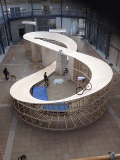 """Human Powered Rollercoaster in Glasgow. """"Scary the first time,"""" reports builder Stephen Murray. The artist, sculptor and cyclist behind The Comedown figure-eight track. Bmx, Velo Biking, Pimp Your Bike, Skate Park, Cycling Bikes, Roller Coaster, Mountain Biking, Architecture Design, Interior Design"""