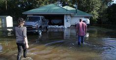 Obama visita región de Louisiana devastada por inundaciones - Punto MX