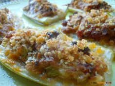 Stuff this long thin squash with meat, cover with parmesan and breadcrumbs and bake. Fruit Recipes, New Recipes, Cooking Recipes, Favorite Recipes, Italian Recipes, Italian Foods, Summer Squash, Served Up, I Love Food