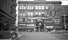 Yonge St. Arcade building, 1952. Yonge St., e. side, opp. Temperance St.; showing Yonge St. facade. Photo by James V. Salmon. - Courtesy of the Toronto Public Library.