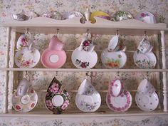 Decor To Adore: Kitchen Teacup Organisation