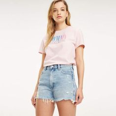 Looking for your next pair of denim shorts for summer? Look no further. The distressed hem and Tommy embroidery at the hip ensure these stand out from the crowd. Part of our Tommy Jeans collection. Tommy Hilfiger Shorts, Hilfiger Denim, Tommy Hilfiger Women, Jeans Pants, Denim Shorts, Direct Marketing, Summer Shorts, Summer Looks, Cute Outfits