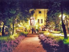 VillaRota di sera.  VillaRota by night.  #night #wedding #matrimonio #villarota #ravenna #eventplanner #event