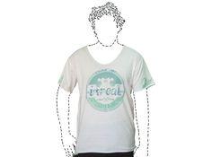 Camiseta Olas Surf. Camiseta holgada, cómoda y fresca. Moda urbana y streetwear.