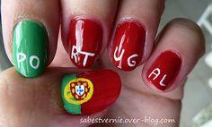Portugal flag nail art