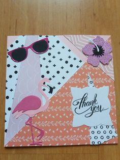 Het kaartje is gemaakt met de tropische bloem, zonnebril, flamingo, label van Mariannde design. Flamingo, Notebook, Laptop, Design, Atelier, Flamingo Bird, Flamingos, The Notebook