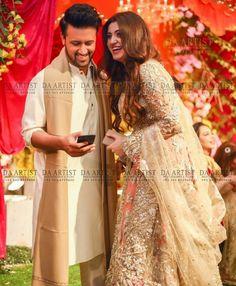 Lovely Click of Atif Aslam and his wife Sara Bharwana at a recent Event - Style. Bridal Mehndi Dresses, Walima Dress, Bridal Lehenga, Wedding Dresses, Wedding Wear, Wedding Couples, Celebrity Couples, Celebrity Weddings, Celebrity Style
