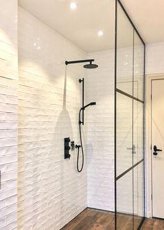 Bathroom Spa, Bath Time, Track Lighting, Cabin, Ceiling Lights, Interior, House, Ideas, Home Decor