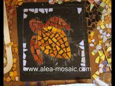 How to Make a Mosaic Stepping Stone Turtle with Broken Ceramic Tiles - Mosaik Japanische Trittsteine Schildkröte- Mosaique Pas Japonais Tortue