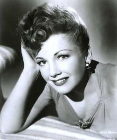 A place to discuss your love of old Hollywood and to share my love of the silents to the through my memorabilia. Hollywood Images, Old Hollywood Stars, Golden Age Of Hollywood, Vintage Hollywood, Classic Hollywood, Anne Baxter, New Movies, Good Movies, In The Heights Movie