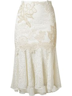 Shop online white Martha Medeiros embroidered lace mix midi skirt as well as new season, new arrivals daily. White Midi Skirt, White Skirts, Skirt Outfits, Dress Skirt, Modest Fashion, Fashion Dresses, Mode Wax, Winter Rock, Calf Length Skirts