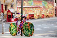 "A lovely form of guerrilla. Yarn Bombing, aka yarnstorming, guerrilla knitting, or graffiti, is a form of street art that has been spreading across the globe over the last few years. ""Yarn bombers say. Yarn Bombing, Best Street Art, Amazing Street Art, Guerilla Knitting, Street Art Utopia, Art Brut, Art Yarn, Bike Art, Public Art"